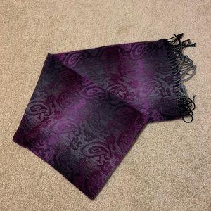Accessories - Beautiful Cozy Scarf